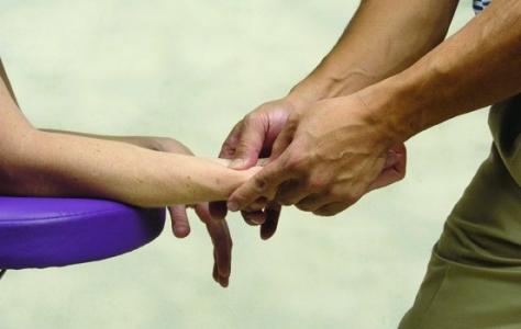 37-hand-massage